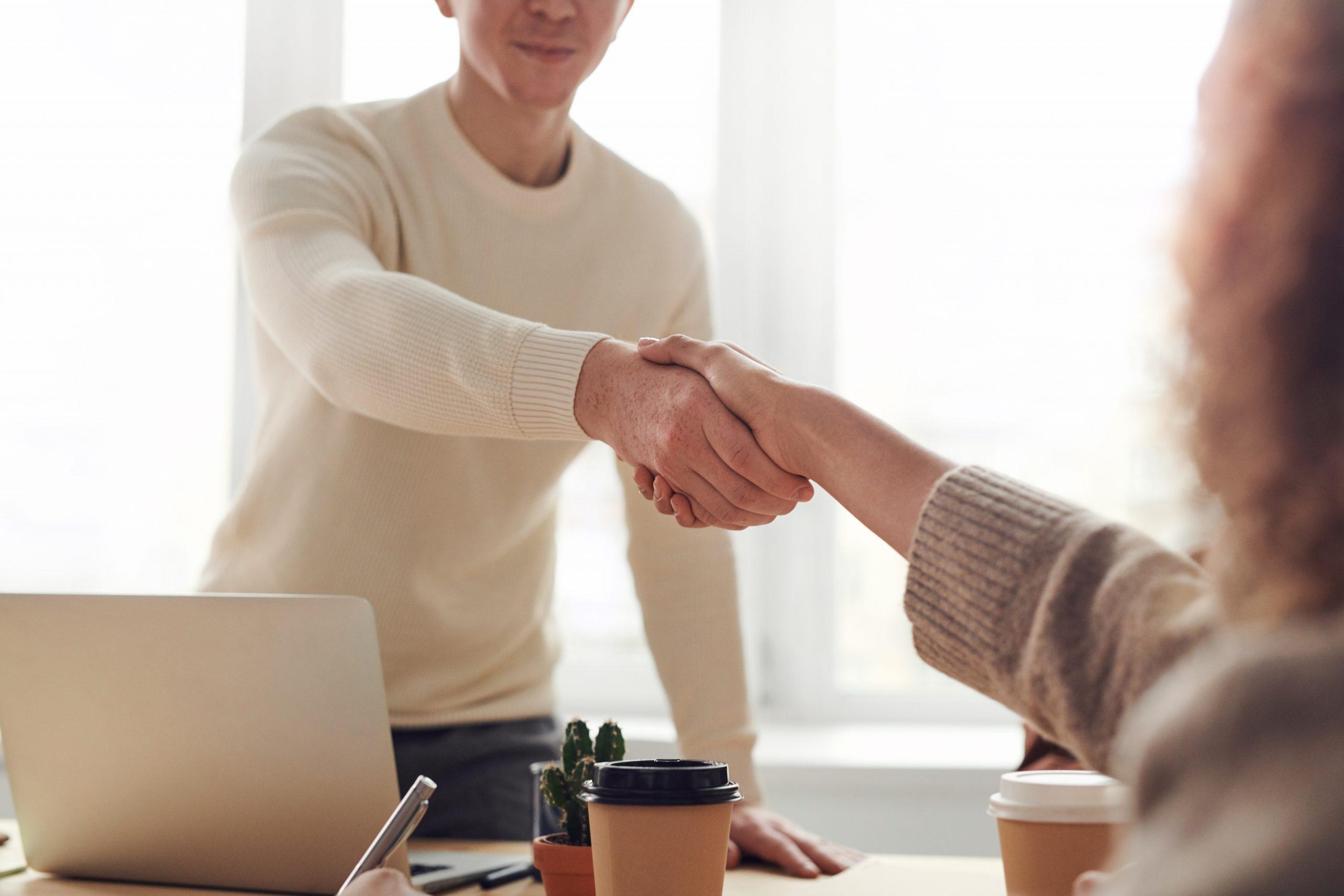 Hoe vind ik een geschikte manager voor mijn bedrijf?
