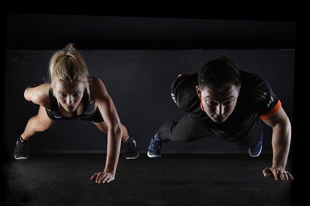 Hoe het integreren van sport op uw werkplek de mentale gezondheid van uw werknemers kan verbeteren.