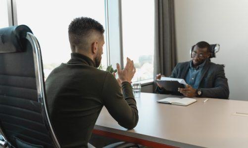 Hoe kan een business coach helpen met het bereiken van jouw doelen?
